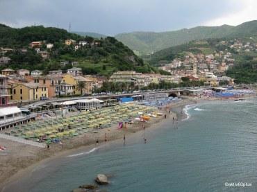 Blick auf den Strand von Moneglia!