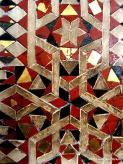 Mosaiken und Marmor bestimmen das Innere des Doms
